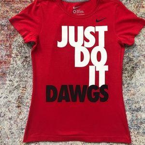 Nike UGA T-shirt ( Size M) slim fit